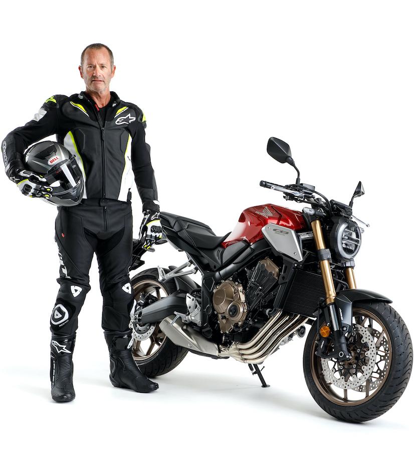 Motorbikes, gear, spokes, protective gear
