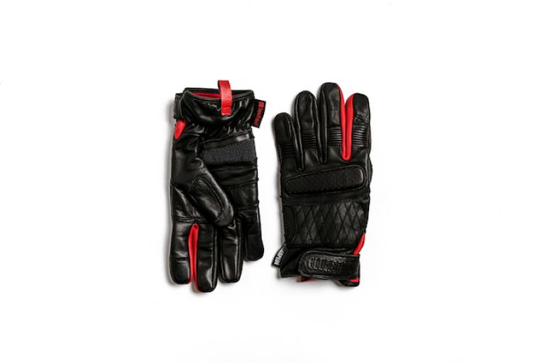 Motorcycle gear, gloves, style rider, triumph bobber